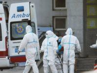 Тримаймося разом: в Україну прибули ще 42,5 тисячі захисних костюмів для медиків, придбаних Фондом Порошенка і Roshen