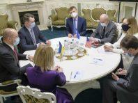 Кабмін готовий до переговорів з країнами ЄС про виїзд заробітчан
