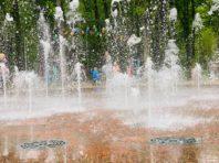 У Сирецькому парку після зими запрацював світломузичний фонтан