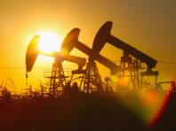 Нафта дешевшає через вплив кібератаки на нафтопровід на американські НПЗ