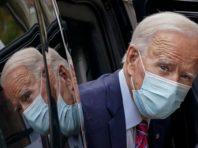 Байден зобов'язав нещеплених держслужбовців носити маски та дистанціюватися